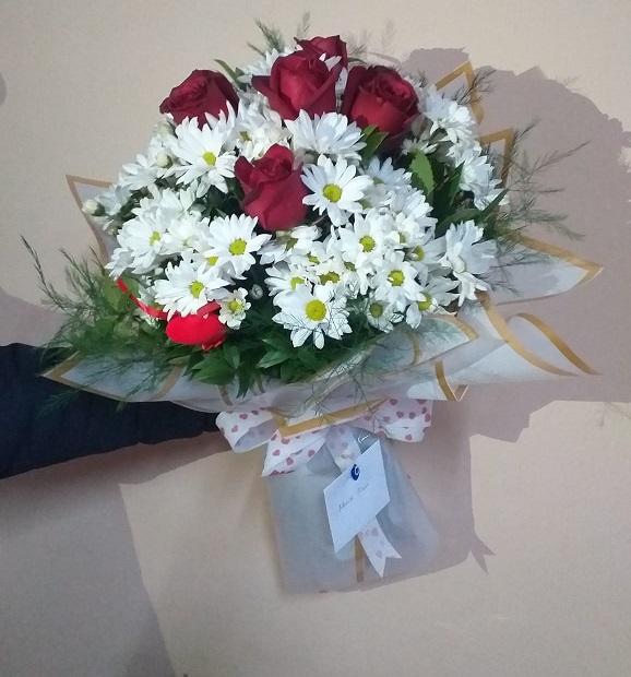 Papatya ve güller